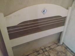 Título do anúncio: Cabeceira para cama box casal em madeira padrão MDF usada em bom estado