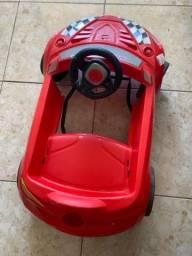 Carro Vernelho Roadster promoção 08 Abril