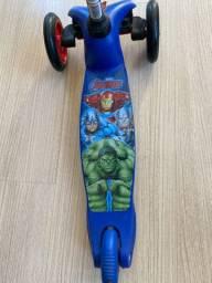 Patinete Skatenet Avengers - Bandeirante
