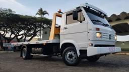Caminhão Guincho Plataforma Volksvagem 8.140