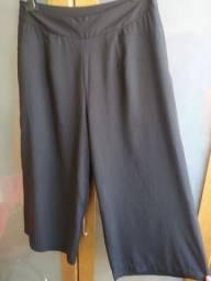 Título do anúncio: calça pantacourt preta tecido levinho