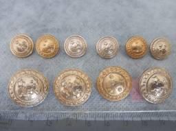 Lote de 10 botões militares antigos