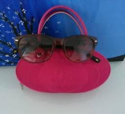 Óculos de Sol Lilica Ripilica, com bolsinha do óculos, original, em perfeito estado