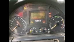 Cavalo Iveco 6x2 12/13 - 2012