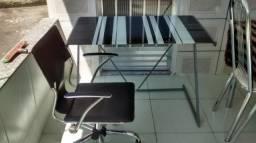 Conjunto mesa e cadeira p/ escritório