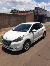 Peugeot 208 Active Pack 1.5 - Bnc Couro