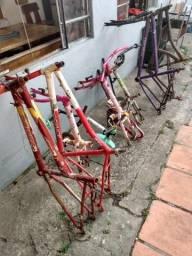 Sucata de bicicletas