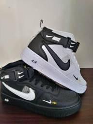 Basqueteira Nike Air (38 ao 43) -- 2 Cores Disponíveis