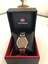 Relógio Technos novo