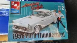 Kit Plastim Ford Thunderbird 1956 AMT