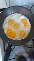 Ovos caipiras para consumo