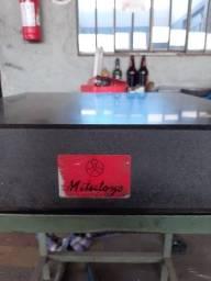 mesa de desempeno mitutoyo 60x60x12