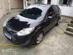 Fiesta sedan 13/14