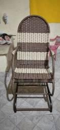 Reformamos e fazemos cadeira de balanço