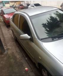 Vendo um Astra 2005 2006