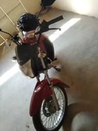 2021 pago,moto conservada,Vendo ou troco por carro ou  moto mais nova