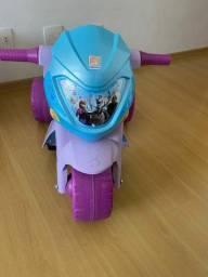 Título do anúncio: Moto Elétrica 6V Frozen Bandeirante