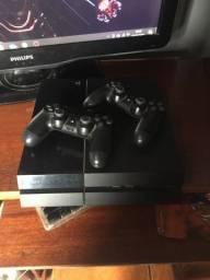Vendo Playstation 4 leia a descrição