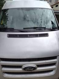 Vende se uma Van Ford 2011