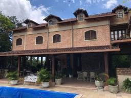 Título do anúncio: Casa em Condomínio Aldeia com 5 quartos, sendo 4 suítes. Aceita fazer permuta!