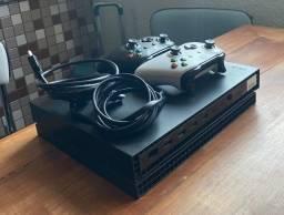 Título do anúncio: Xbox one X , HD 4K + 2 controles e 3 jogos de brinde