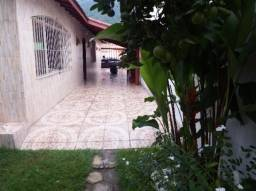 Casa em Ubatuba com 4 quartos