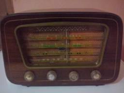 Radio Semp PT76
