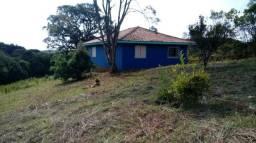 Chacará próxima da Fazenda Rio Grande / Araucaria