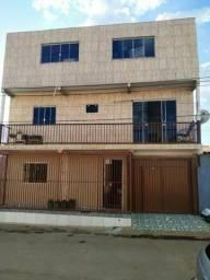 Vendo ou troco prédio c/ 02 apartamentos com terraço