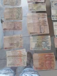 Dinheiro antiguidade moeda nacional e Uruguaio