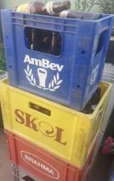 R$ 20 Engradados de cerveja com casco