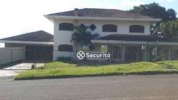 8413 | Casa para alugar com 4 quartos em Centro, Cascavel