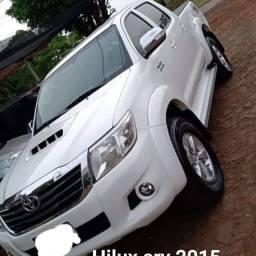 HILUX SRV 2015 AUTOMATICA DIESEL COMPLETA.