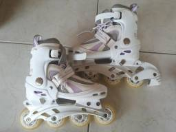 Vendo patins n°32 a 35 na caixa