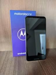 Celular Moto One, 64 Gb. Branco (VENDA OU TROCA)