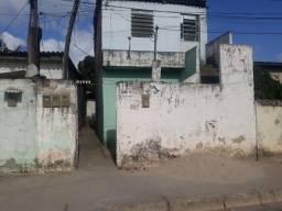 Alugo 4 casinhas populares