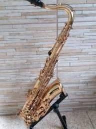 Sax tenor Omega semi-novo divido no cartão e faço ml