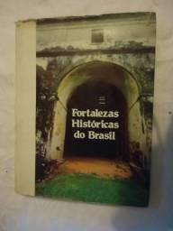 Livro Sobre as fortalezas históricas do Brasil