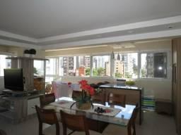 Apartamento em ótima localização de três dormitórios em Torres