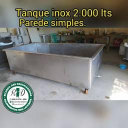 Tanque inox 2.000 lts