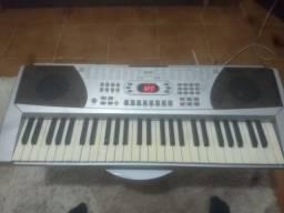 Vendo teclado CSR 558