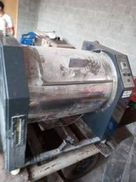Lavadoura industrial completa com centrífuga