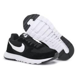 Título do anúncio: Tênis Nike N°42