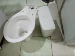 Vendo vasso sanitário com caixa de 130