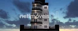 Título do anúncio: Apartamento à venda com 3 dormitórios cod:877368