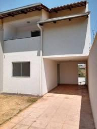 Sobrado para Venda em Aparecida de Goiânia, Jardim Bela Vista, 3 dormitórios, 1 suíte, 3 b