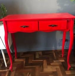 Aparador retrô vermelho vintage provençal