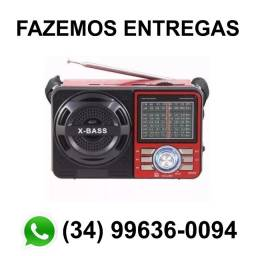 Rádio Retrô Am Fm Bluetooh Pendrive Lanterna