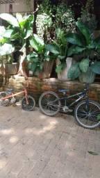 Vende se 2 bicicletas