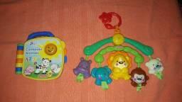 Brinquedo livrinho eletrônico fisher price + móbile fisher price